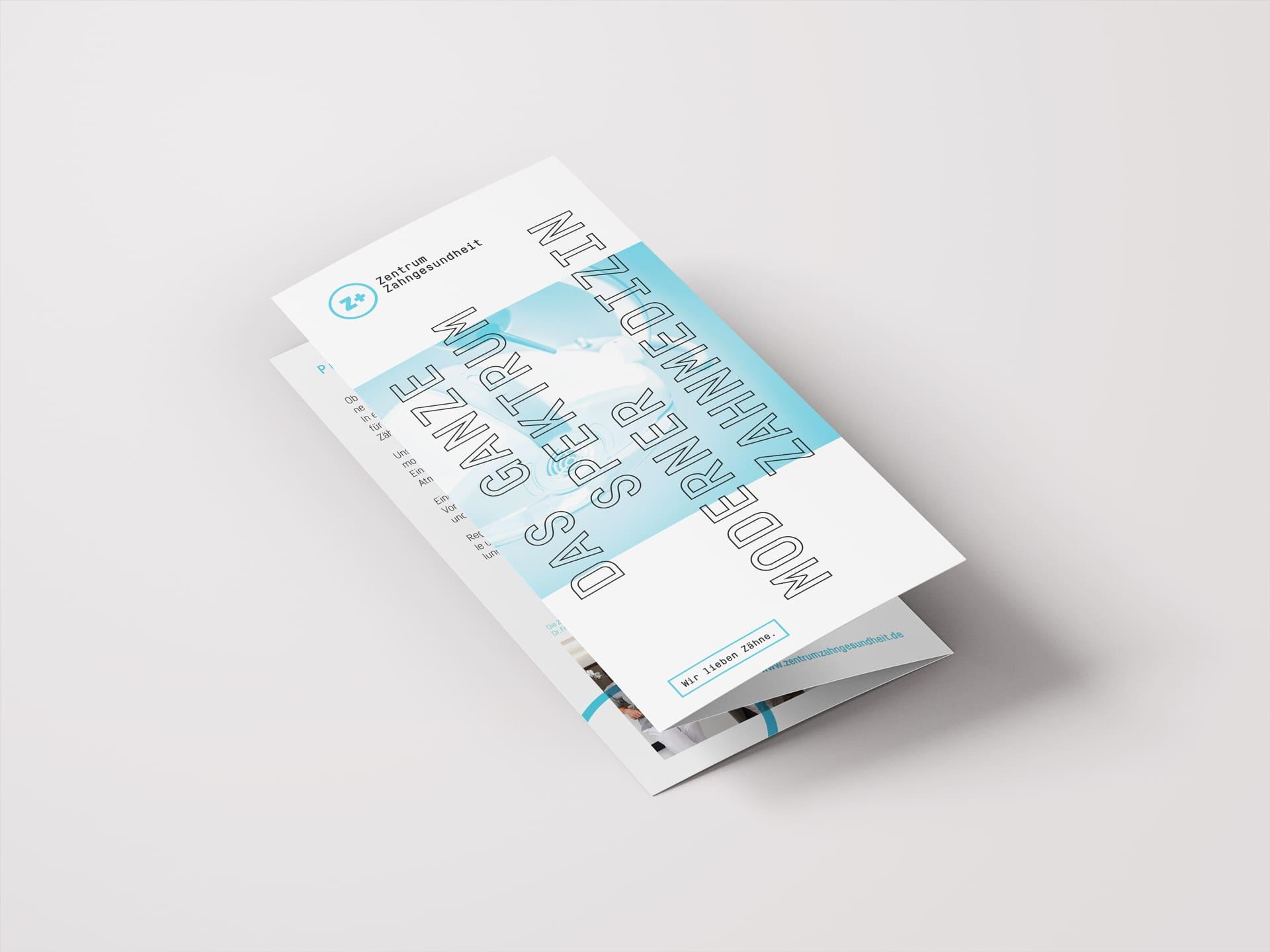 Titel Folder Design Zentrum Zahngesundheit